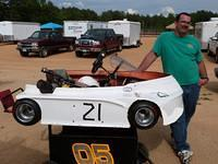 Rick Edwards runs Clone Super Heavy in a Lynn Morris powered UltraMax kart and won May 5th